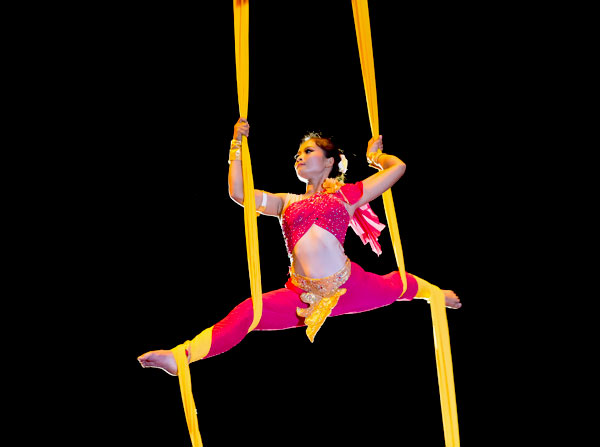 Tini Tinou International Circus Festival – 10th Anniversary –  National Circus School  of Cambodia